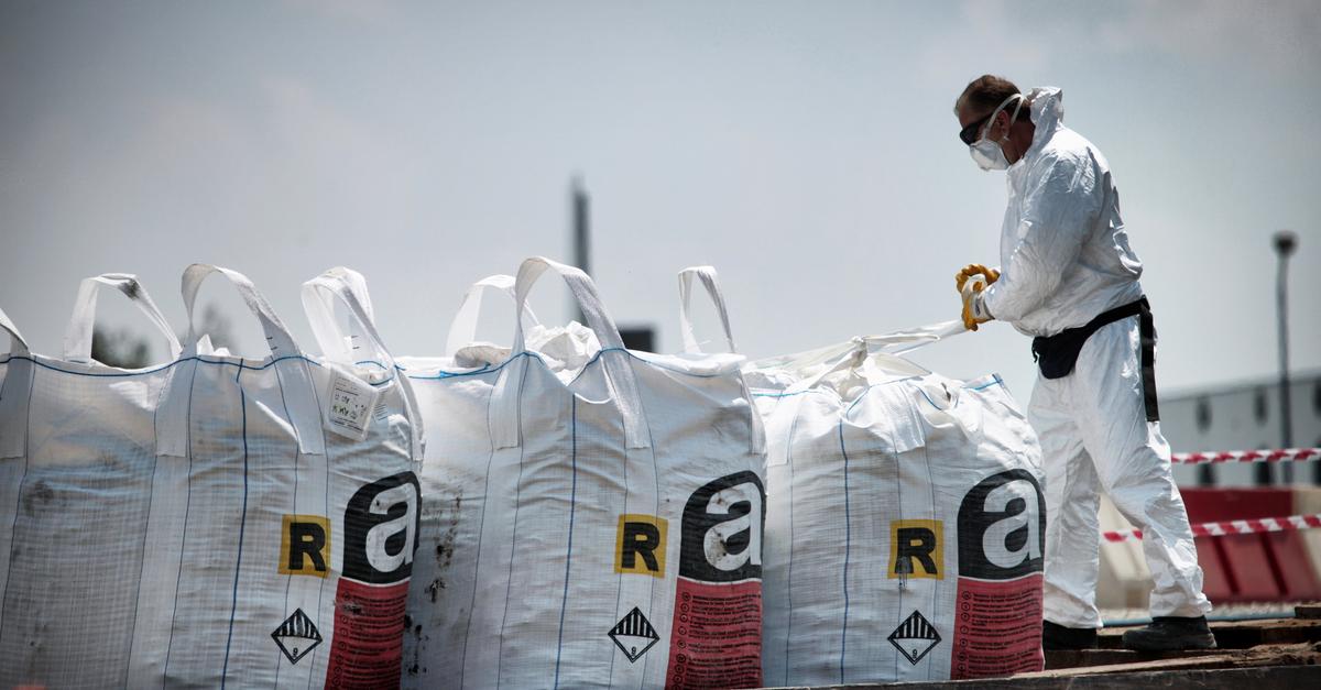 REACH-asetuksen tavoite on vaarallisimmiksi arvioitujen kemikaalien korvaaminen ihmisille ja ympäristölle turvallisemmilla vaihtoehdoilla.